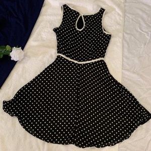 Beautiful Sleeveless Polka Dotted Express Dress